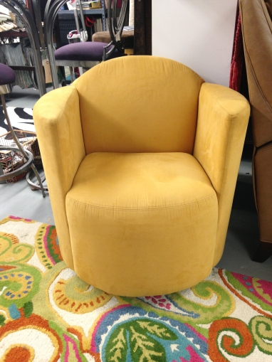 Jaymar 506 Swivel Chair in microfiber. FLOOR MODEL SALE: $830.99 (Reg. $1,845)