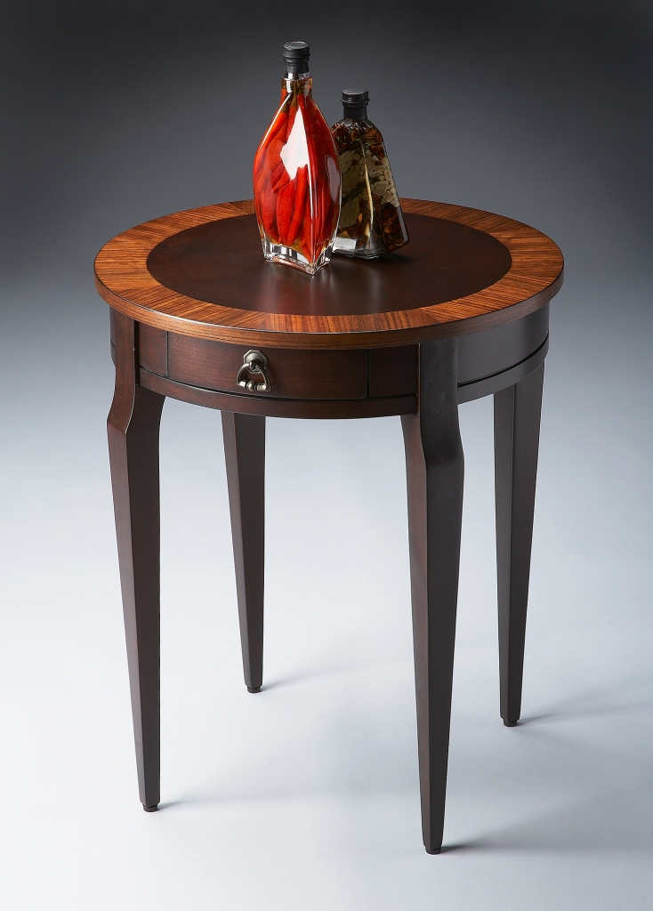 butler_specialty_side_table_0341211